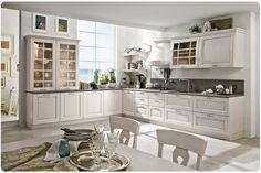 CA\' VENETA Una cucina che ha come fulcro estetico l\'anta, anche in ...
