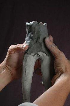 Paper clay on wire armature Sculpture Techniques, Ceramic Techniques, Sculpture Ideas, Pottery Sculpture, Sculpture Clay, Paper Dolls, Art Dolls, Sculpting Tutorials, Paperclay