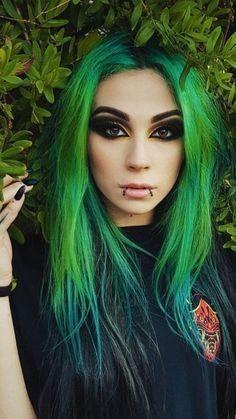 Green Wigs Lace Frontal Bob Extensions Keratin Beads Brazilian Hair We – masicoco Cute Emo Girls, Hot Goth Girls, Gothic Girls, Goth Beauty, Hair Beauty, Steampunk Fashion, Chica Heavy Metal, Lace Frontal Bob, Green Hair Girl