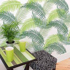 Palm-leaf-stencil-palm-frond-design-tropical-wallpaper