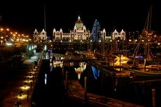 To kick off our #holiday hot list is @Magnolia Hotel & Spa Ultimate Christmas Package. #Victoria is a magical place during the holidays with magnificent lights, countless festive activities, shopping and more.