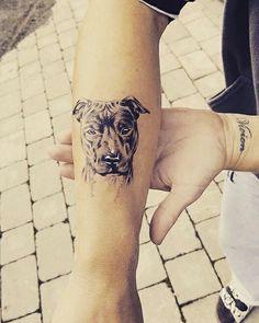 Pitbull tattoo dog portret