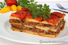 musaca-de-post-cu-vinete-si-ciuperci Pots, Lasagna, Quiche, Sandwiches, Cooking Recipes, Breakfast, Ethnic Recipes, Romania, Awesome