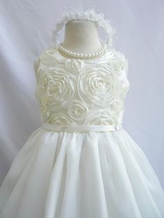 Flower Girl Dress IVORY Rosette Bodice Dress Easter by LuuniKids, just add a belt with some color Ivory Flower Girl Dresses, Lace Flower Girls, Girls Dresses, Wedding Dresses For Kids, Easter Dress, Birthday Dresses, Baby Dress, Bridesmaid Dresses, Wedding Stuff
