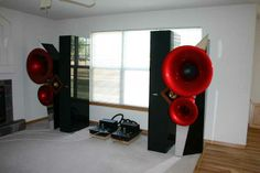 Acapella Audio Arts 'Triolon' horn speakers. Lamm ML1 monoblock amplifiers