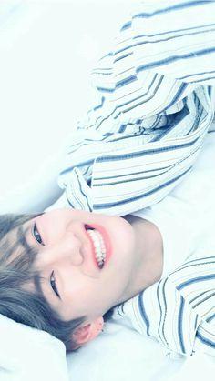 ❨taekook❩ ❝your highness, I am not allowed to love you. Bts Taehyung, Taehyung Smile, Bts Bangtan Boy, Bts Jimin, Foto Bts, Bts Photo, Taekook, Camisa Bts, V Smile