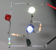 the same time, some of the energy is passed to the inductor so that the LEDs are not damaged. When the transistor is turned off, the energy from the inductor also gives a pulse of energy to Basic Electronic Circuits, Electronic Circuit Projects, Electronic Schematics, Electronic Engineering, Electrical Engineering, Electronics Mini Projects, Simple Electronics, Electronics Basics, Electronics Components
