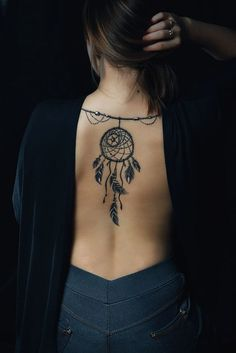 love this tatoo think this is the one Atrapasueños Tattoo, Symbol Tattoos, Spine Tattoos, Love Tattoos, Sexy Tattoos, Unique Tattoos, Beautiful Tattoos, Body Art Tattoos, Girl Tattoos