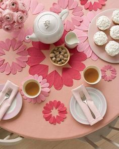 Easy Peasy Cheapy Valentine's Day Dinner Table Ideas...