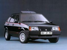 """Lada Samara """"Night"""" '1989–91 .Специальная версия """"Night"""" для рынка Германии, предлагаемая на немецком рынке компанией-импортёром Deutsche Lada Automobil GmbH."""