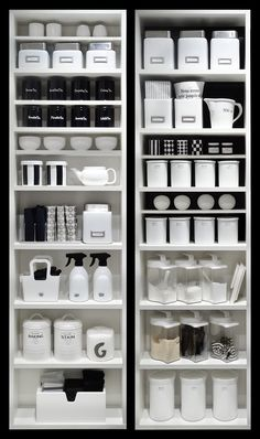 White kitchen with integrated and hidden pantry. Ceiling cabinets – Own Kitchen Pantry Kitchen Organization Pantry, Kitchen Cabinet Storage, Home Organisation, Pantry Storage, Kitchen Pantry, Organization Hacks, Kitchen Decor, Kitchen Cabinets, Organized Kitchen