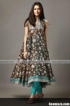 Deepak Perwani Summer/Premium Lawn collection Beautiful Pakistani Dresses, Beautiful Dresses For Women, Indian Dresses, Pakistani Couture, Pakistani Outfits, Indian Outfits, Indian Accessories, Punjabi Dress, Desi Clothes