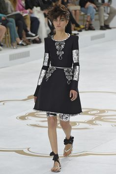 Chanel Couture Fall 2014 - Slideshow