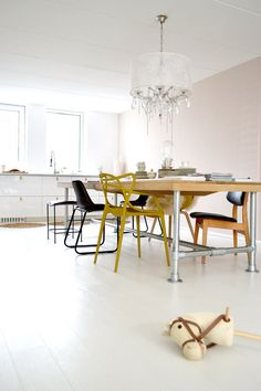 Kitchen, Diningroom, White Floor, Pale Powder Pink Wall, Painting The Past,