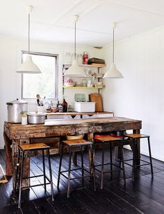 madeira de demolição na cozinha