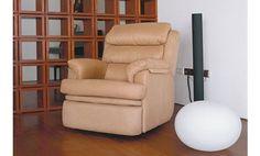 De formas elegantes, materiales nobles, y con una concepción del diseño muy funcional y práctica. Decorará cualquier lugar de tu hogar.