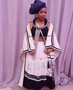 Beautiful Kintenge and Kente Outfit Ideas for African traditional weddings Zulu Traditional Attire, African Fashion Traditional, African Traditional Wedding, Traditional Weddings, African Inspired Fashion, African Print Fashion, Africa Fashion, Traditional Dresses, Xhosa Attire