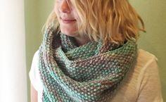 Winter Seeds : Free Seed Stitch Infinity Scarf Knitting Pattern