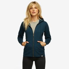 Another classic from American Giant. For 15% Discount http://refer.american-giant.com/v2/share/6229248210446627600 Classic Full Zip, Captains Blue