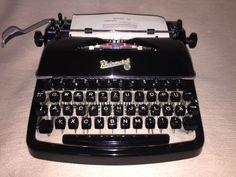 Mechanische Schreibmaschine Rheinmetall KsT portable typewriter