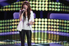 Christina Grimmie - USA 1994-2016. Cantante y Compositora.   Participó en la sexta temporada de The Voice US.  Asesinada por un fan.