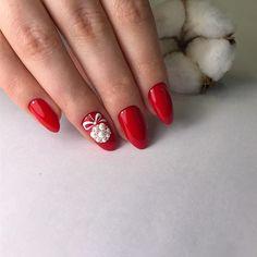 Red nails for winter Red Glitter Nail Polish, Nail Polish Art, Red Nails, Christmas Nail Designs, Christmas Nails, Cute Nail Art, Cute Nails, Party Nails, Instagram Nails