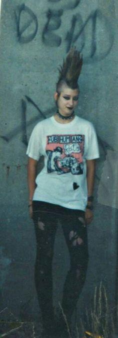 The hair help Punk Rock Grunge, Estilo Punk Rock, Punk Goth, Rock N Roll, Punk Rock Girls, Heavy Metal, Punk Rock Fashion, New Romantics, Emo