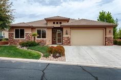 You Deserve This Home In Olive Grove