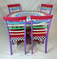 Para pintados a mano mesa de comedor y cuatro sillas por LisaFrick