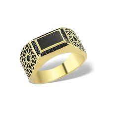 Complexitatea inelului LGR1157 va surprinde și cel mai pretențios domn. Realizat din aur galben, inelul prezintă decupaje atent realizate de bijutierii La Rosa.  #menring #menfashion #menjewellery #gold #ring #giftideas #black #jewellery Aur, Cuff Bracelets, Rings For Men, Jewelry, Fashion, Moda, Men Rings, Jewlery, Jewerly