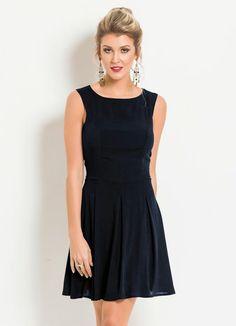 Vestido Evasê sem Mangas (Preto)