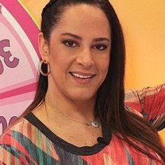 """""""Julgam sem conhecer"""", diz Silvia Abravanel sobre Escola de Princesas"""