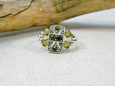 Stretch Band Ring  Green Crystal Stretch Ring  by babbleon on Etsy
