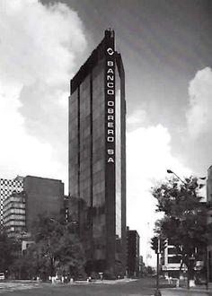 Edificio Banco Obrero (hoy Torre Azul), Paseo de la Reforma 136 esq General Prim, Col. Juárez, Cuauhtémoc, Ciudad de México 1969  Arqs. Alejandro Caso y Margarita Chávez de Caso -   Banco Obrero Building (now Torre Azul) Paseo de le Reforma 136 at Gen. Prim, Col. Juarez, Cuauhtemoc, Mexico City 1969