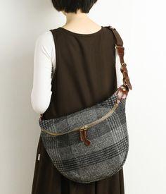 Japanese Bag, Hip Bag, Patchwork Bags, Fabric Bags, Love Sewing, Handmade Bags, Tartan, Leather Bag, Purses And Bags
