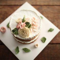 Pretty flower cake