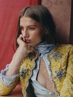 Sabina Lobova photographed by Paolo Zerbini for Harper's Bazaar Brasil November 2015 Stylist: Ada Kokosar #inspiration #blog #blogger #tumblr #fashion #style #models #photography #vogue http://www.midnight-charm.com/