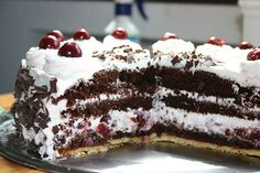 Schwarzwälder Kirsch Torte -  Black Forest Gateau.  Receipe is in German but everything can be translated...This is my fav cake!!
