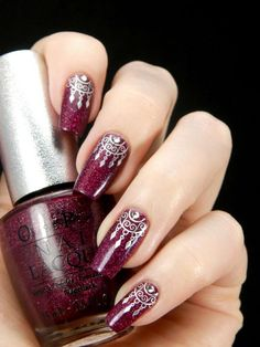 There are nail designs that include only one color, and some that are a combo of several. Some nail designs can be plain and others can represent some interesting pattern. Also, nail designs can differ from the type of nail… Read more › Beautiful Nail Art, Gorgeous Nails, Cute Nails, Pretty Nails, Dream Catcher Nails, Best Nail Art Designs, Nagel Gel, Stylish Nails, Easy Nail Art