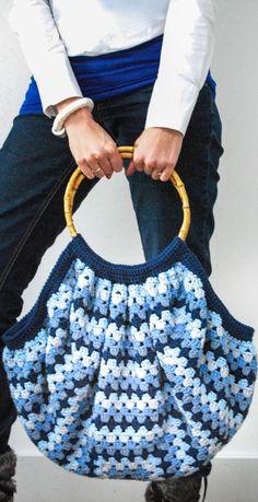 ✔️ Free and Cute Crochet Bag Pattern ideas For Women Part 22 ; crochet b… Bag Sewing Pattern, Crochet Pattern Free, Bag Pattern Free, Crochet Diy, Bag Patterns To Sew, Crochet Patterns, Pattern Ideas, Pattern Design, Simple Crochet