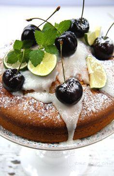 col caffè ... | Cherry Lime soft Cake – ein saftiger und erfrischender Sommerkuchen #kirschen #kirschkuchen #ichbacksmir