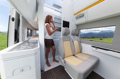 Volkswagen unveiled its California XXL camper van at the Düsseldorf Caravan Salon, which has all the amenities of a home and could be the future of RVs. Vw Camper, Vw Caravan, Caravan Salon, Tent Campers, Vw Touran, Camper Trailers, Sprinter Camper, Volkswagen Beetles, Volkswagen Interior