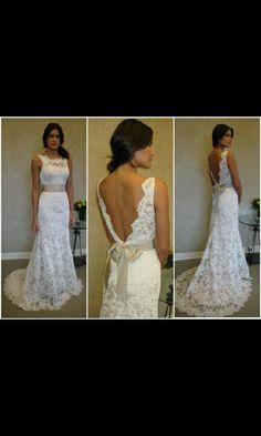Lacy wedding dress! IN LOVE!!!