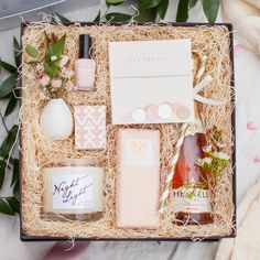 Blush box BLUSH BOX A lovely box of timeless gifts perfect for every taste and age. Diy Birthday, Birthday Gifts, Spa Gifts, Engagement Gifts, Engagement Gift Baskets, Candle Making, Bridesmaid Gifts, Bridesmaids, Romantic Ideas