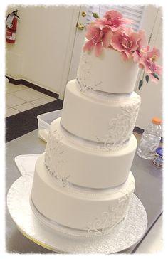 Cake for Van Earl's Cakes