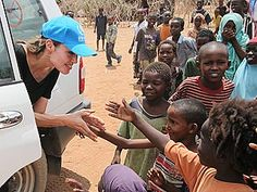 helping kids in africa | ... Jolie Reaches Out to African Refugees| Good Deeds, Angelina Jolie