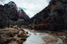 Hike to Zion's Upper Emerald Pool