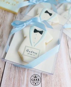 Bow tie boxed cookie favors personalised for any occasion.a stylish and generous thank you for your guests . Baby Boy Cookies, Baby Shower Cookies, Baby Shower Favors, Baby Boy Shower, Baby Shower Parties, Fancy Cookies, Iced Cookies, Cupcake Cookies, Sugar Cookies
