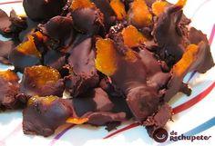 Tiras de naranja confitada con chocolate (Recetas de rechupete)