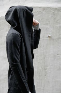 Slim. Slacker. Jedi. Black & Grey. Urban. Cozy. Man. Fashion. Style. Inspiration. New. Different.